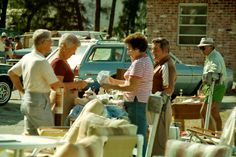 Flea Market Season is in Session — 8 Tips for Successful Selling ~ Krrb Blog