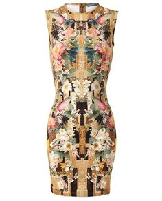 Pretty damn excited for this years Alexander McQueen spring collection!