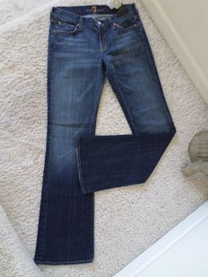 7 FOR ALL MANKIND WOMEN 26 INDIGO CROP BOOTCUT~7 FOR ALL MANKIND 26 ~95% NEW #7ForAllMankind #BOOTCUT