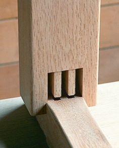 オークヴィレッジ   匠の技を駆使した木組み