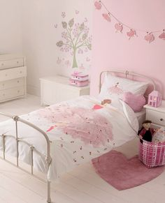 Down-to-earth teen girl bedrooms suggestion for a cozy teen girl room display, image ref 1149277632 Childrens Bed Linen, Childrens Room Decor, Baby Room Decor, Luxury Rooms, Luxurious Bedrooms, Luxury Bedding, One Bedroom, Girls Bedroom, Ballerina Bedroom