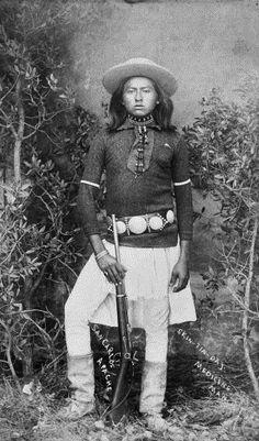 Skin tin day, scout and medicine man - San Carlos Apache - 1880