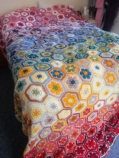 [Easy] African Flower Blanket – Free Crochet Pattern