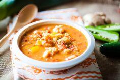 spicy thai shrimp soup [crepes of wrath] Healthy Coconut Shrimp, Coconut Milk Rice, Coconut Shrimp Recipes, Coconut Soup, Thai Shrimp Soup, Shrimp Salad, Prawn Soup, Shrimp Curry, Thai Soup