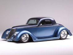 Chip Foose designed and Marcel del Lay handformed from metal this one-of-a-kind 1936 Ford Coupe that Bob Briggs is a proud man to own. http://www.hotrod.com/cars/featured/1511-1936-ford-coupe-is-chip-foose-designed-and-handformed-in-metal-by-marcel-del-lay?utm_source=rss&utm_medium=synergetic&utm_campaign=RSS