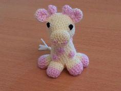 Doudou bébé girafe peluche en laine : Jeux, peluches, doudous en vente sur la boutique http://mimigurimi.alittlemarket.com
