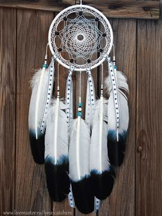 Dream Catcher Decor, Dream Catcher Mobile, Dream Catcher Boho, Dream Catchers, Dreamcatcher Wallpaper, Dreamcatcher Design, Los Dreamcatchers, Indian Arts And Crafts, Dream Catcher Native American