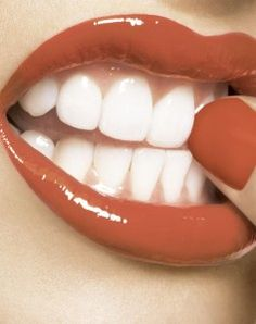 This is actually a teeth whitening link, but I loved the colour for nails and lips!