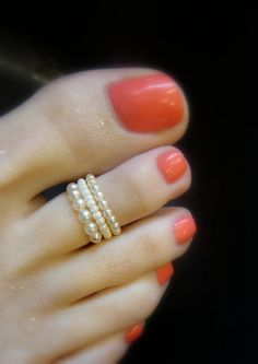 Stacking Toe Ring Cream Pearls Stretch Bead by FancyFeetBoutique