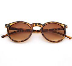 $1.97 (Buy here: https://alitems.com/g/1e8d114494ebda23ff8b16525dc3e8/?i=5&ulp=https%3A%2F%2Fwww.aliexpress.com%2Fitem%2FM59-Fashion-multicolour-New-mercury-Mirror-glasses-men-sunglasses-women-male-female-coating-sunglass-gold-round%2F32770164802.html ) M59 Fashion multicolour New mercury Mirror glasses men sunglasses women male female coating sunglass gold round OCUL + Cloth bag for just $1.97