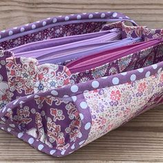Plum Garden in all its plum-ness! I am loving this so much. 💜💜💜 Sample available Plum Garden, Quilted Cake, Sew Together Bag, Diy And Crafts, Instagram