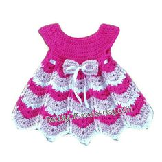 Baby girl dress pattern 0-12 months with a por BeautyOfCrochet