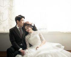 Pre Wedding Photoshoot, Wedding Shoot, Foto Wedding, Dream Wedding, Evening Dresses For Weddings, Wedding Dresses, Couple Photography, Wedding Photography, Photo Poses