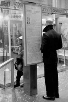 New York, 1962 - © David Hurn/Magnum Photos Frank Horvat, 42nd Street, York Street, William Klein, Walker Evans, Magic City, Photographer Portfolio, Documentary Photographers, Man Images