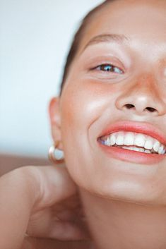 artnaturals Argan Oil can give you that flawless. healthy glow.