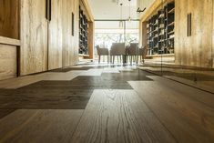 Stilvoll gestaltete Inneneinrichtung aus Prägeboards Attersee #Prägeboard #Indoor #wohndesign Hardwood Floors, Flooring, Crafts, Interior, Products, Homes, Wood Floor Tiles, Wood Flooring, Manualidades