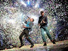 COLDPLAY energizes the ROSE BOWL on A Head Full of Dreams tour