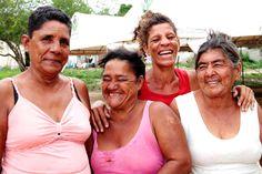 Mujeres del albergue Nueva Esperanza en Manatí, Atlantico.