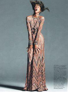 ... haute couture, necklace HANNA BERHARD, bracelets POGGI, shoes LE SILLA
