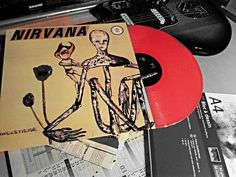 Incesticide vinyl red