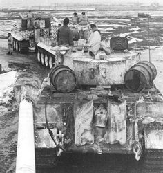 Tiger №- 313 from the 502 battalion of heavy tanks, Eastern Front, in February 1944.