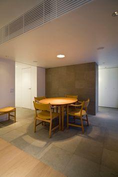 Floor=Wood+tiles