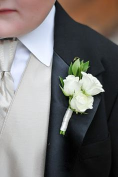 Similar to Muscadet spray rose | Labola - Blushing Gold ...White Spray Rose Boutonniere