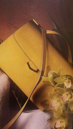 cartella in saffiano con manico e tracolla FENDI