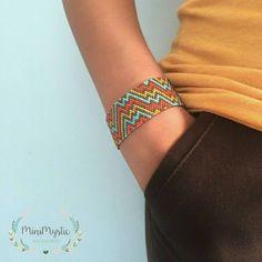 #bracelet #beaded #miyuki #beadedbracelets #minimystic #accessories #beadedjewelry #jewelry #handmade #handmadejewelry #handmadeaccessories #miyukibeads #miyukidelica #miyukibracelet #miyukibileklik #fashion #summeraccessories #armband #tissageperles #perlesmiyuki