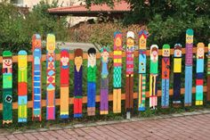 In inserem Artikel zeigen wir Ihnen viele tolle Beispiele für eine ganz tolle, bunte Gartendeko! Lassen Sie sich inspirieren!