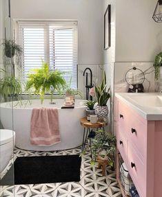 Bathroom Inspiration, Home Decor Inspiration, Bathroom Ideas, Pink Bathroom Decor, Bathroom Interior Design, Home Interior, Small Bathroom Layout, Design Apartment, House Colors