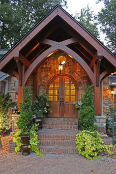 Lovely entrance from Cabin Creek Timber Frames Lovely entrance from Cabin Creek Timber Frames   http://www.cabincreektimberframes.com/Gallery/?utm_content=buffer5f53d&utm_medium=social&utm_source=pinterest.com&utm_campaign=buffer