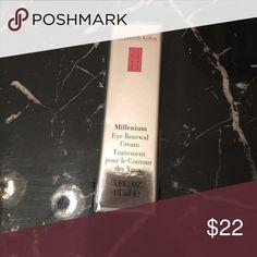 Elizabeth Arden Millenium Eye Renewal Cream . 5 fl ELIZABETH ARDEN Millenium Eye Renewal Cream 0.5oz / 15ml - New/Sealed Elizabeth Arden Other