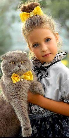 Beautiful Cats, Beautiful Children, Beautiful Babies, Animals Beautiful, Animals For Kids, Baby Animals, Cute Animals, Cute Kids, Cute Babies