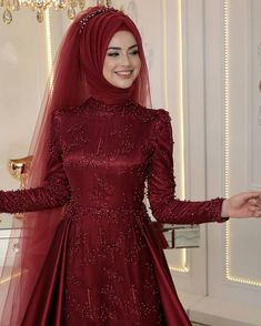 Fancy Hijab Accessories Fashion for Formal Function – Girls Hijab Style & Hijab Fashion Ideas Muslimah Wedding Dress, Muslim Wedding Dresses, Muslim Brides, Muslim Dress, Bridal Dresses, Kebaya Muslim, Muslim Hijab, Muslim Girls, Muslim Couples