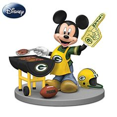 Disney Green Bay Packers Tailgating Fun With Mickey & Friends Figurine Collection Packers Funny, Packers Baby, Go Packers, Greenbay Packers, Green Bay Packers Wallpaper, Green Bay Packers Fans, Nfl Green Bay, Bears Football, Packers Football