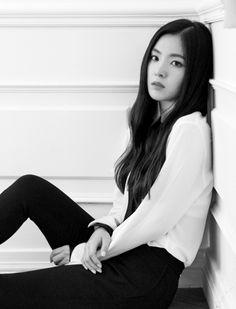 ✢ Irne▫ Red Velvet〚레드벨벳〛▫'Be Natural'💋 Red Velvet Be Natural, Natural Red, Wendy Red Velvet, Red Velvet Irene, Park Sooyoung, Seulgi, Korean Girl, Asian Girl, Korean Women