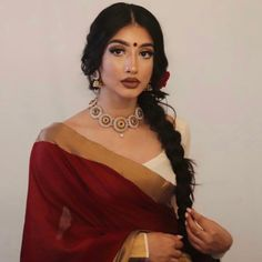 Tamil Saree, Wedding Guest Makeup, Desi Clothes, Brown Aesthetic, Saree Styles, Indian Outfits, Face And Body, Asian Woman, Pretty Dresses