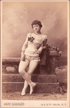 ROSE ZAZEL: PRETTY AND EXPLOSIVE YOUNG WOMAN (FIRST FEMALE HUMAN CANNONBALL)