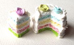 patisserie miniature , gateau anniversaire de la boutique polymercrea sur Etsy