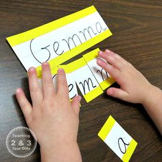 Kids Learning - - Roundup of circle-time name activities for getting acquainted and Montessori-inspired name recognition activities for preschoolers. 3 Year Old Preschool, Preschool Names, Activities For 2 Year Olds, Montessori Preschool, Preschool Learning Activities, Preschool Classroom, In Kindergarten, Fun Learning, Toddler Activities