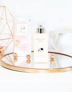 The Liz Earle deal of the century with the Daily Routine Superskin Bundle & In Love with Botanicals Collection which will amaze you and your bank balance.