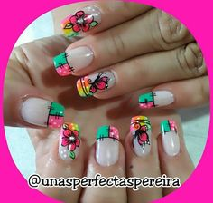 Manicure And Pedicure, Triangles, Beauty Nails, Nail Designs, Nail Art, Nail Art Flowers, Colorful Nails, Lace Nails, Ongles