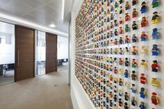 Acrylicize walls up with Lego Minifigs