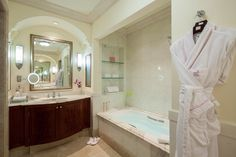 One-Bedroom Orchid Room Bathroom