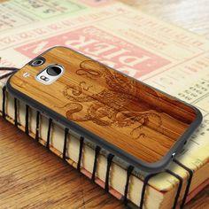 White Black Octopus Wood Design HTC One M8 Case