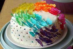 Torta arcobaleno di farfalle