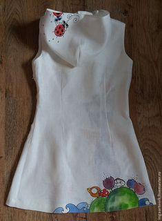 "Купить Льняное женское платье. Ручная роспись. ""Рожденный летать!"" - льняное платье, лето, цветок Newborn Girl Dresses, Little Girl Dresses, Baby Dress, Girls Dresses, Fabric Paint Shirt, Kids Blouse Designs, Dress Painting, Frocks For Girls, Painted Clothes"