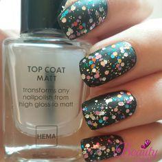 Matt Glitter Nails