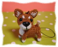 perro mini llavero amigurumi pagina japonesa Crochet Crafts, Crochet Toys, Crochet Projects, Knit Crochet, Love Crochet, Beautiful Crochet, Crochet Keychain Pattern, Mini Dogs, Dog Items